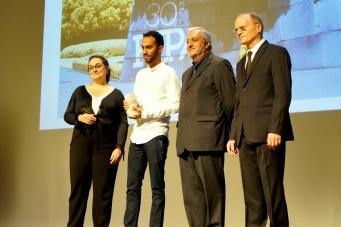 Pour les 30 ans du Fipa, un nouveau prix est crée: le prix Erasmus + attribuée à une oeuvre de la Jeune Création. L'organisme souffle en effet également sa trentième bougie cette année. C'est le court-métrage Polski, du cubain Rubén Rojas Cuauhtémoc, qui reçoit cette toute nouvelle récompense.