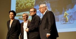Cinq prix sont décernés dans la catégorie série. Thomas Couzinier et Frédéric Kooshmanian repartent avec le Fipa d'or de la meilleure musique originale dans une série, pour leur bande-originale de Zone Blanche.