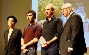 Ce n'est pas un acteur mais un quatuor qui remporte le Fipa d'or de la meilleure interprétation masculine. L'équipe de Callboys, avec Matteo Simoni, Rik Verheye, Bart Hollanders, Stef Aerts, a convaincu le jury.